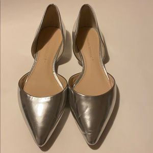 Banana Republic Silver Leather Flats